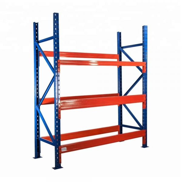 Heavy duty metal display rack for warehouse storage